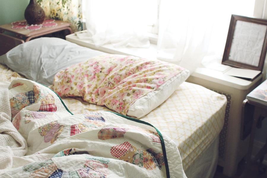 Спите 7-8 часов каждую ночь.