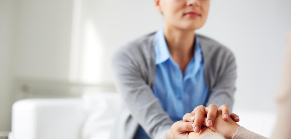 сострадание, психолог, помощь, via shutterstock