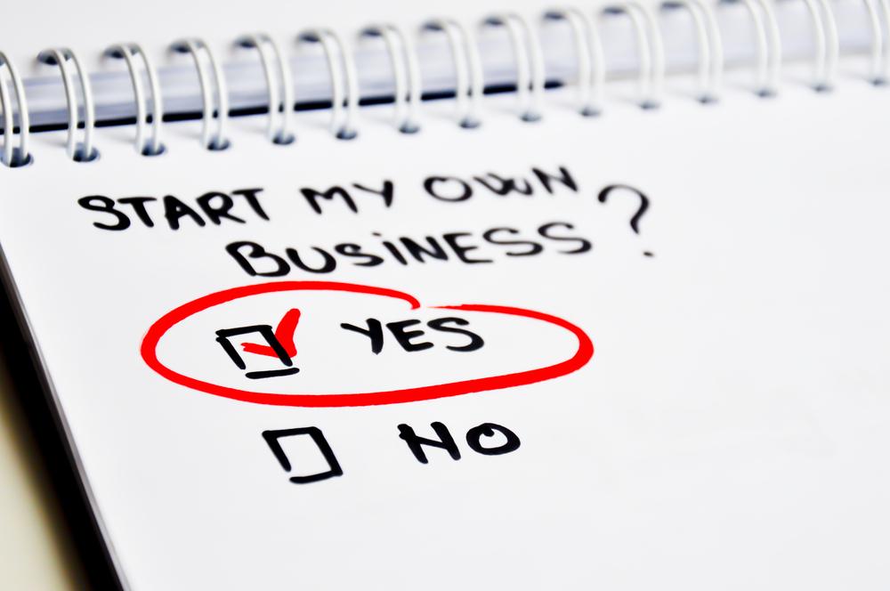 открыть бизнес, блокнот, via shutterstock