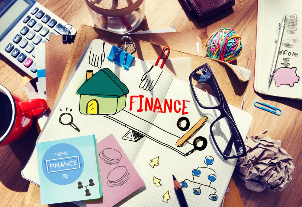рабочие место, финансы, via shutterstock