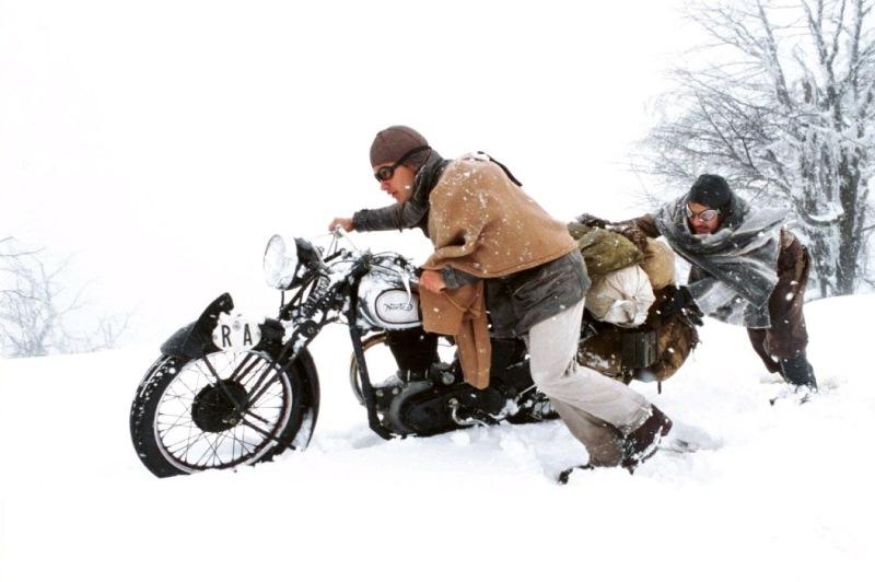 Luchshie-filmyi-v-retsenziyah-CHe-Gevara-dnevniki-mototsiklista-Diarios-de-Motocicleta-The-Motorcycle-Diaries-2004-1-