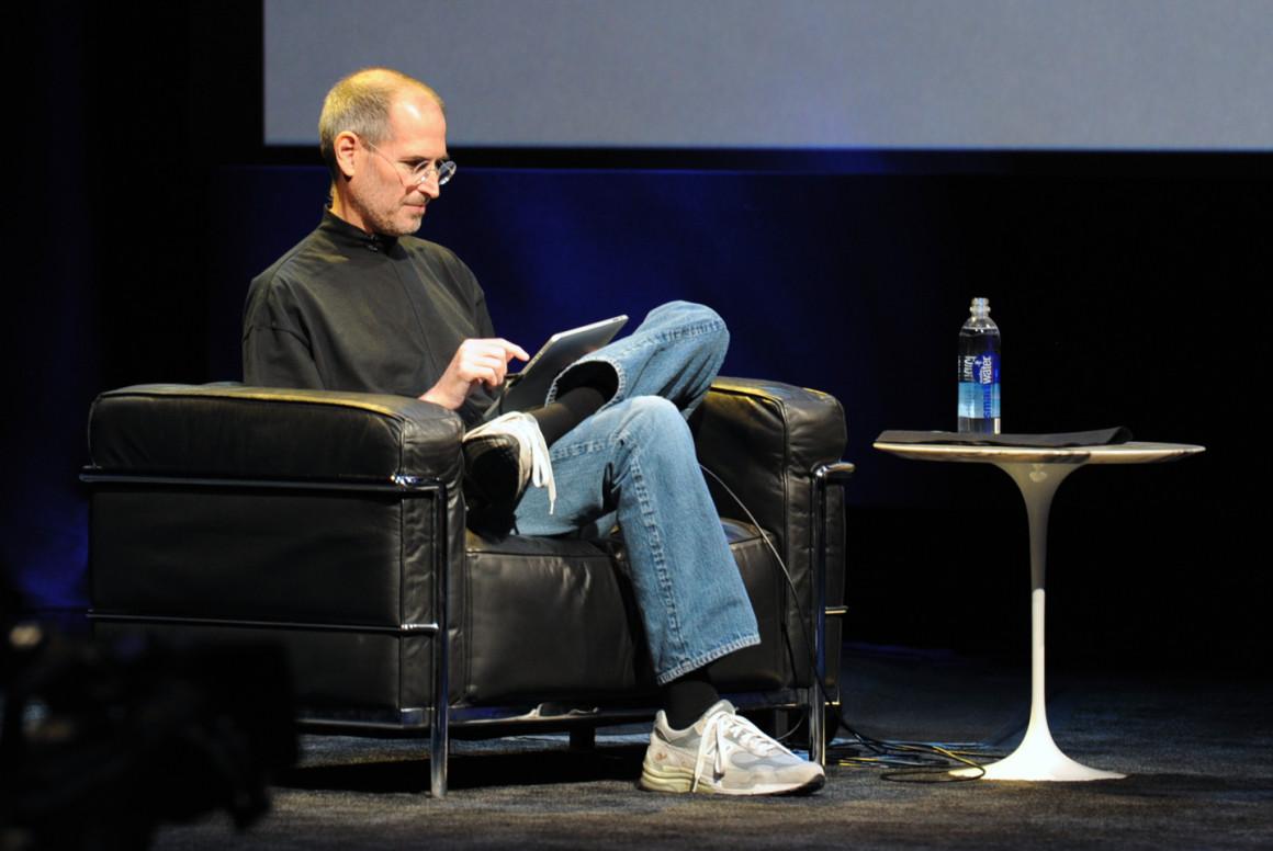 Почему вам стоит взять пример со Стива Джобса и завести личную униформу