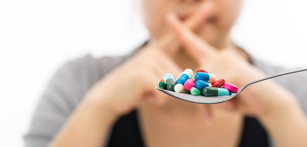 отказ от таблеток, via shutterstock