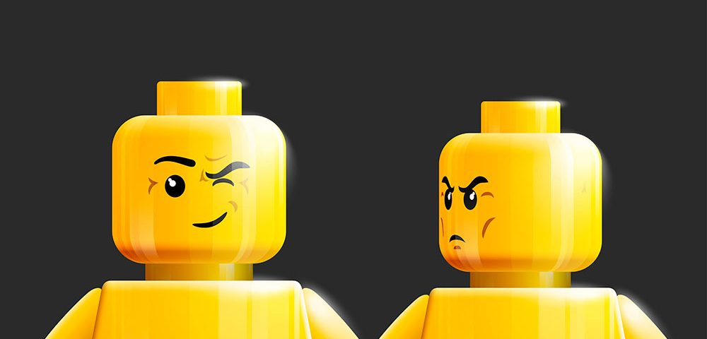 игрушки лего, via shutterstock