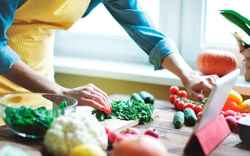 Ученые назвали еду, которая защищает от рака и сердечно-сосудистых заболеваний