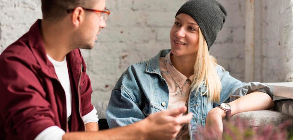 Как завоевать доверие: Простые слова, которые растопят сердце собеседника